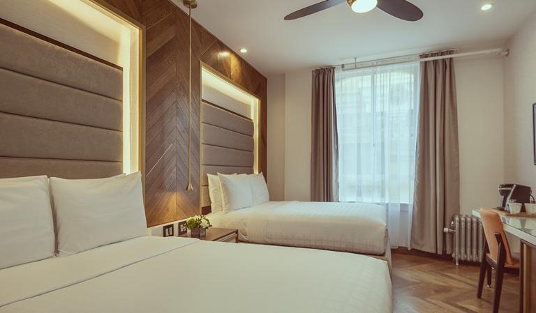Hotel 321