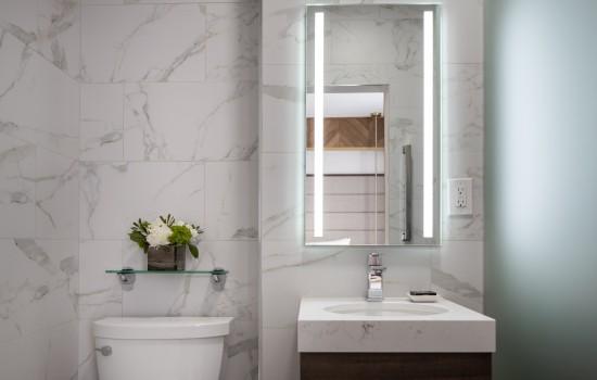 Hotel 32One - Guest Bathroom